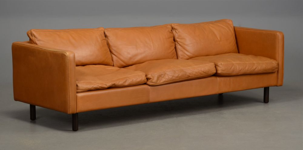 Long Danish Leather Sofa In Light Tan Seating Apollo Antiques